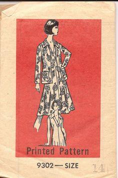 Vintage Sewing Pattern 1970s Dress Good House by TenderLane, $7.00