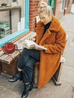 The 9 Coolest Cold-Weather Outfits to See You Through the Festive Period via @WhoWhatWearUK