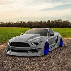 Custom Muscle Cars, Custom Cars, Sports Car Photos, Car Backgrounds, Street Racing Cars, Ford Mustang, Mustang Tuning, Lamborghini Cars, Tuner Cars