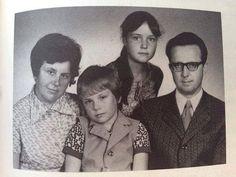 #RaritätenPhoto Paul and his family   #Rammstein#TillLindemann#Lindemann#Beste#Legende#RammsteinFürImmer#RichardKruspe#ChristophSchneider#FlakeLorenz#PaulLanders#OllieRiedel#OliverRiedel#LeadSanger#LeadSinger#Guitarist#Bass#Keyboardist#MeinMann#RammsteinFan#Rzk#Guitar#BassPlayer#Best#Drummer#LIFAD#Emigrate