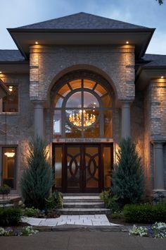 entry door Front Door Design Wood, Entry Way Design, House Front Design, Modern Exterior, Exterior Design, Fancy Houses, Dream House Exterior, Villa Design, House Entrance
