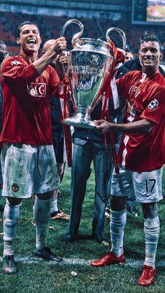 Manchester United Old Trafford, Manchester United Images, Manchester United Legends, Manchester United Players, Messi Vs Ronaldo, Cristiano Ronaldo Juventus, Neymar Football, Football Boys, Real Madrid Team