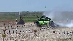 El video del Ministerio de Defensa de Rusia muestra al Armata en diferentes…