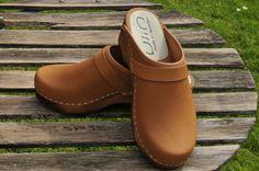 75 meilleures images du tableau Sabots et sandales suédoises   Clog ... b46aa8772384