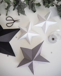 DIY Paper Star Decoration How to make your own DIY Paper Star Decorations Paper Christmas Decorations, Christmas Paper Crafts, Christmas Projects, Holiday Crafts, Diy Christmas Star, Christmas Origami, Homemade Christmas Cards, Cool Paper Crafts, Star Diy