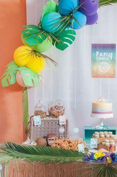 Moana Tropical Birthday Party - Birthday Party Ideas for Kids and Adults Birthday Party Snacks, Baby 1st Birthday, Birthday Party Decorations, Birthday Party Invitations, Birthday Ideas, Moana Birthday, Bridal Shower Cakes, Tropical Party, Bar