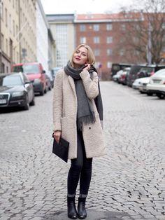 Teddykarhun paluu | Päivän asu, OOTD, outfit, style, furry coat, beige - Pupulandia | Lily.fi
