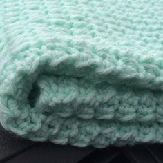 Minty Moss Crochet Babyghan