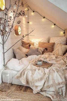 Bedroom Nook, Cute Bedroom Decor, Room Design Bedroom, Room Ideas Bedroom, Modern Bedroom, Aesthetic Room Decor, Cozy Room, Dream Rooms, My New Room