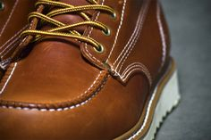 """Close up of the 6"""" Moc Toe Wedge"""