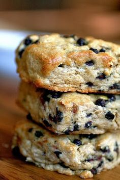 * All You Can Eat Breakfast Buffet *: Maple Blueberry Buttermilk Scones