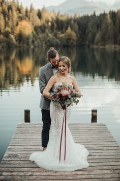 This boho wedding at Fischers Fritz has the perfect pastel palette. Chris Züger Photografie was there to capture the joyful day. Wedding Photography Poses, Wedding Poses, Wedding Dresses, Wedding Ideas, Wedding Colors, Wedding Decorations, Lakeside Wedding, Boho Wedding, Wedding Reception