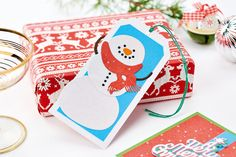 Die-cut a snowman gift tag. Find out how in the December issue of Crafts Beautiful, on sale 9th November.