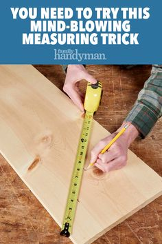 Woodworking Tricks Cutting Boards You Need to Try This Mind-Blowing Measuring Trick.Woodworking Tricks Cutting Boards You Need to Try This Mind-Blowing Measuring Trick Easy Woodworking Projects, Woodworking Furniture, Fine Woodworking, Diy Wood Projects, Wood Furniture, Youtube Woodworking, Woodworking Basics, Woodworking Classes, Woodworking Chisels