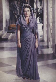 Elizabeth Taylor, Cleopatra costume