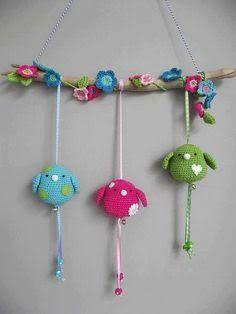 Cute crochet birds - no pattern Crochet Diy, Crochet Birds, Love Crochet, Crochet Animals, Crochet Crafts, Crochet Dolls, Yarn Crafts, Crochet Flowers, Crochet Projects