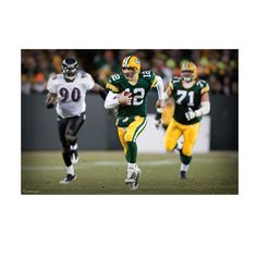 Aaron Rodgers Scramble Mural from Lambeau Field Aaron Rodgers in the classic Green Bay Packers green and gold home uniform will dress up any room.  Huge at 6 feet wide and 4 feet tall, this Aaron Rodgers Scramble Mural Fathead will please your fans on their birthday, graduation, holidays or …