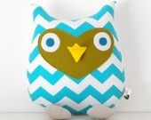 Adore this chevron owl pillow would be perfect for the nursery. #chevron #pillow #baby #nursery