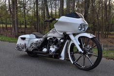 Harley Davidson 2011 Road Glide Custom.