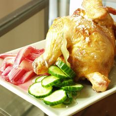"""Stegt kylling med agurkesalat og rabarberkompot (recipe in Danish). We will have a recipe for roasted chicken, cucumber salad and rhubarb compote from the Price brothers in English in 'Eat Smart in Denmark"""""""