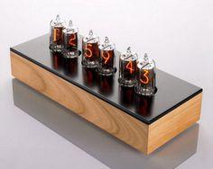 modern table clocks