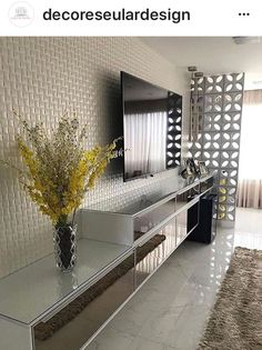 """Receive excellent tips on """"tv wall mount ideas"""". They are actually readily available for you on our internet site. Living Room Tv Unit, Home Living Room, Apartment Living, Living Room Decor, Interior Design Living Room, Living Room Designs, Sala Grande, Tv Wall Decor, Home Decor"""