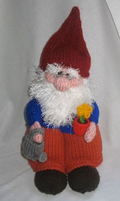 Thursday Handmade Love Week 113 ~ Gnomes ~ Crochet Addict UK Thursday #Handmade Love ~ #Gnomes ~ Includes links to #Free #Crochet & #Knitting patterns. As well as links to #Sewing & #CrossStitch patterns http://www.crochetaddictuk.com/2015/04/thursday-handmade-love-week-113-gnomes.html