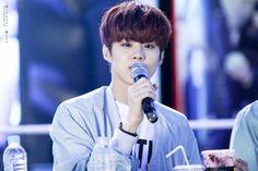 """160501 UP10TION Wonju Fansigning Wooshin Cr: OCTOBER ROSE "" Do not edit"