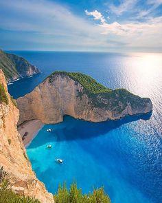 Comparateur de voyages http://www.hotels-live.com : Follow @kyrenian for beautiful travel photos Zakynthos Greece photo by @kyrenian by awesomedreamplaces https://www.instagram.com/p/BAX9mDUlNu_/ via https://scontent.cdninstagram.com/hphotos-xfa1/t51.2885-15/e35/10326363_1561432514170652_1709839660_n.jpg #Flickr via Hotels-live.com https://www.facebook.com/125048940862168/photos/a.1032999036733816.1073741891.125048940862168/1083747384992314/?type=3 #Tumblr #Hotels-live.com