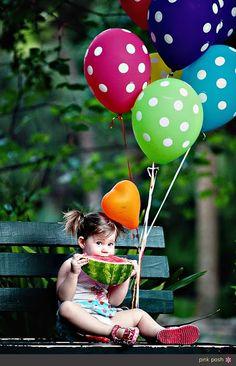 48 Trendy children photography balloons little girls Little Girl Photography, Cute Kids Photography, Ballons Fotografie, Cute Baby Girl, Cute Babies, Baby Pictures, Baby Photos, Deco Ballon, Photo Repair