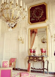 There is so much to study is this room in Trianon, Versailles that I don't know where to look first. The chandelier is stunning, however, so gets to be singled out in my Chandelier Glam board. Chateau Versailles, Palace Of Versailles, Marie Antoinette, Beautiful Interiors, Beautiful Homes, Beautiful Space, Interior And Exterior, Interior Design, Paris Wall Art