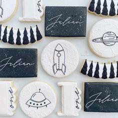 Sugar Cookie Cakes, Sugar Cookie Royal Icing, Cookie Icing, Spice Cookies, Cute Cookies, Cupcake Cookies, Galaxy Cake, Cookie Designs, Cookie Ideas