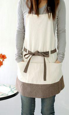 Patrons couture tablier homme, femme et enfant - Patron - Breizh Mama Sewing Aprons, Sewing Clothes, Diy Clothes, Fabric Sewing, Ladies Clothes, Sewing Dolls, Sewing Box, Barbie Clothes, Sewing Hacks