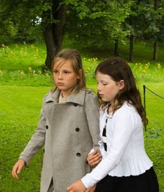 Princess Ingrid Alexandra of Norway (L) and Maud Behn attend an outdoor religious service in the park in Oslo, Norway, 18 August 2013.
