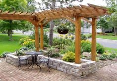 Gorgeous Front Yard Patio With Entry L Shaped Pergola And Chilton Stone Raised: not exactly what I have in mind, but really nice. Pergola with swing, maybe? Front Yard Patio, Pergola Patio, Diy Patio, Front Yard Landscaping, Pergola Ideas, Patio Ideas, Landscaping Ideas, Pergola Kits, Backyard Ideas