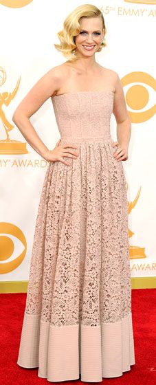 January Jones' 2013 Emmy Awards red carpet moment