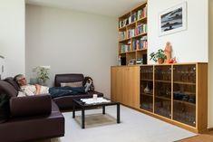Wohnzimmermöbel, Massivholzmöbel in gedämpfter Buche massiv, geölt | Naturholz- Tischlerei Lunger Shelving, Divider, Room, Furniture, Home Decor, Modern Country Houses, Carpentry, Living Room Modern, Design Interiors