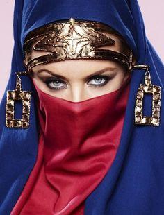 Eye Makeup For Hijabers, Women Referred Hijab Fashion Kylie Minogue, Beautiful Lips, Beautiful Women, Arabian Beauty, Hidden Beauty, Exotic Beauties, Victoria, Portraits, Pretty Eyes