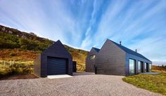 crunchylipstick: Isle of Skye House (via homeadore.com)