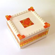 This LEGO Jewelry box is bright and sunny. When the light hits you will feel the warm mood it creates