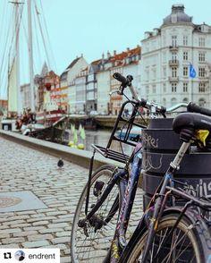 En av våre favoritter Danmark! #reiseliv #reisetips #reiseblogger #reiseråd  #Repost @endrent with @repostapp  [We can] Weeekend!    chilly but cozy - just the way i like it                              #visitdenmark #reiseradet #deterdejligåværenorskidanmark