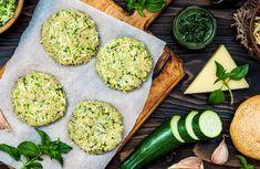 Recetas de hamburguesas veganas Finger Food Appetizers, Finger Foods, Appetizer Recipes, Veggie Recipes, Vegetarian Recipes, Healthy Recipes, Vegan Burgers, Vegan Foods, Vegan Dinners