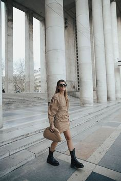 NEUTRALS Celine, Fendi, Mini Skirt Style, Skirt Fashion, Passion For Fashion, Camel, Neutral, Mini Skirts, Hipster