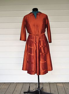 Vintage 1950's Dress. 1950's Korean Handmade Mid-Century Semi Formal Size Large