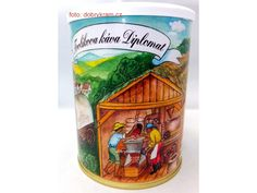 Směs mleté kávy z Jižní a Střední Ameriky a Asie. Káva arabika s nádechem čokolády. Beverages, Drinks, Arizona Tea, Root Beer, Drinking Tea, Canning, Mugs, Asia, Drinking