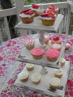 Make your own multi-tiered cupcake/dessert stand