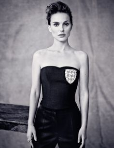Natalie Portman teams up with Dior once again for a feature in its quarterly magazine's spring issue. The actress poses for Paolo Roversi in a series of dreamy portraits where she is seen wearing the sleek and ladylike Paolo Roversi, Jean Reno, Liam Neeson, Ewan Mcgregor, Natalie Portman Dior, Benjamin Millepied, Cool Attitude, Nathalie Portman, Hayden Christensen