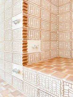 A Modest Retreat of Bold Craftsmanship in Can Picafort, Mallorca Architecture Restaurant, Brick Architecture, Architecture Details, Interior Architecture, Interior And Exterior, Deco Design, Tile Design, Brick Patterns, Floor Patterns