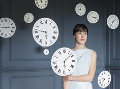 Is Displaying Clocks in the House Bad Feng Shui?: Displaying clocks in the house is not bad feng shui, as long as you know the feng shui dos and don'ts of displaying clocks in your home.