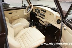 """Standard Wood and Pickett dash fitted to the one off """"Gordon"""" Mini hatchback"""